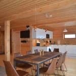 komfortabler Sitz- und Küchenbereich